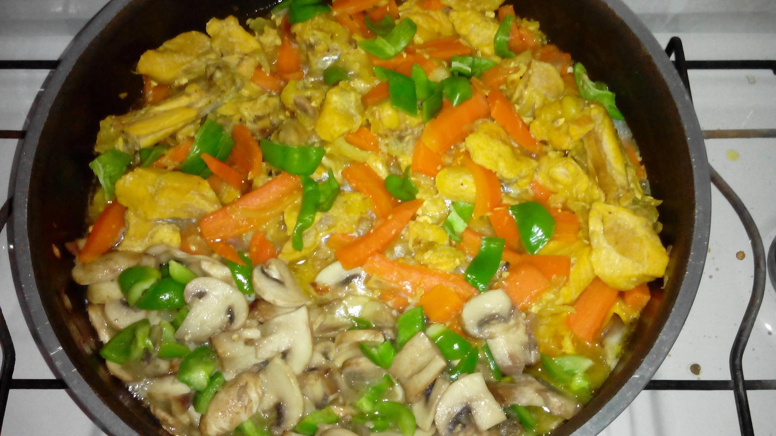 طرز تهیه خوراک قارچ و سبزیجات بخارپز – دکتر رویا خادمیان